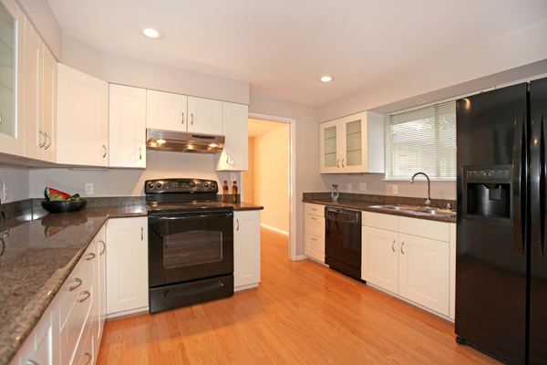 Kitchens With Black Appliances Fabulous Best Kitchen With Black Appliances And Bamboo Floors